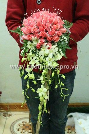 Mẫu hoa cưới cầm tay tặng kèm
